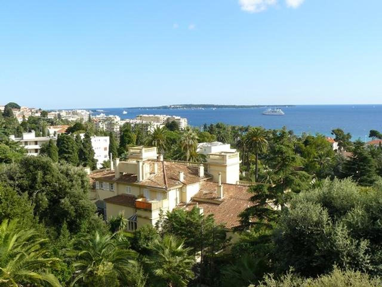 Immobilier nice vue mer appartement cannes appartement a for Appartement immobilier