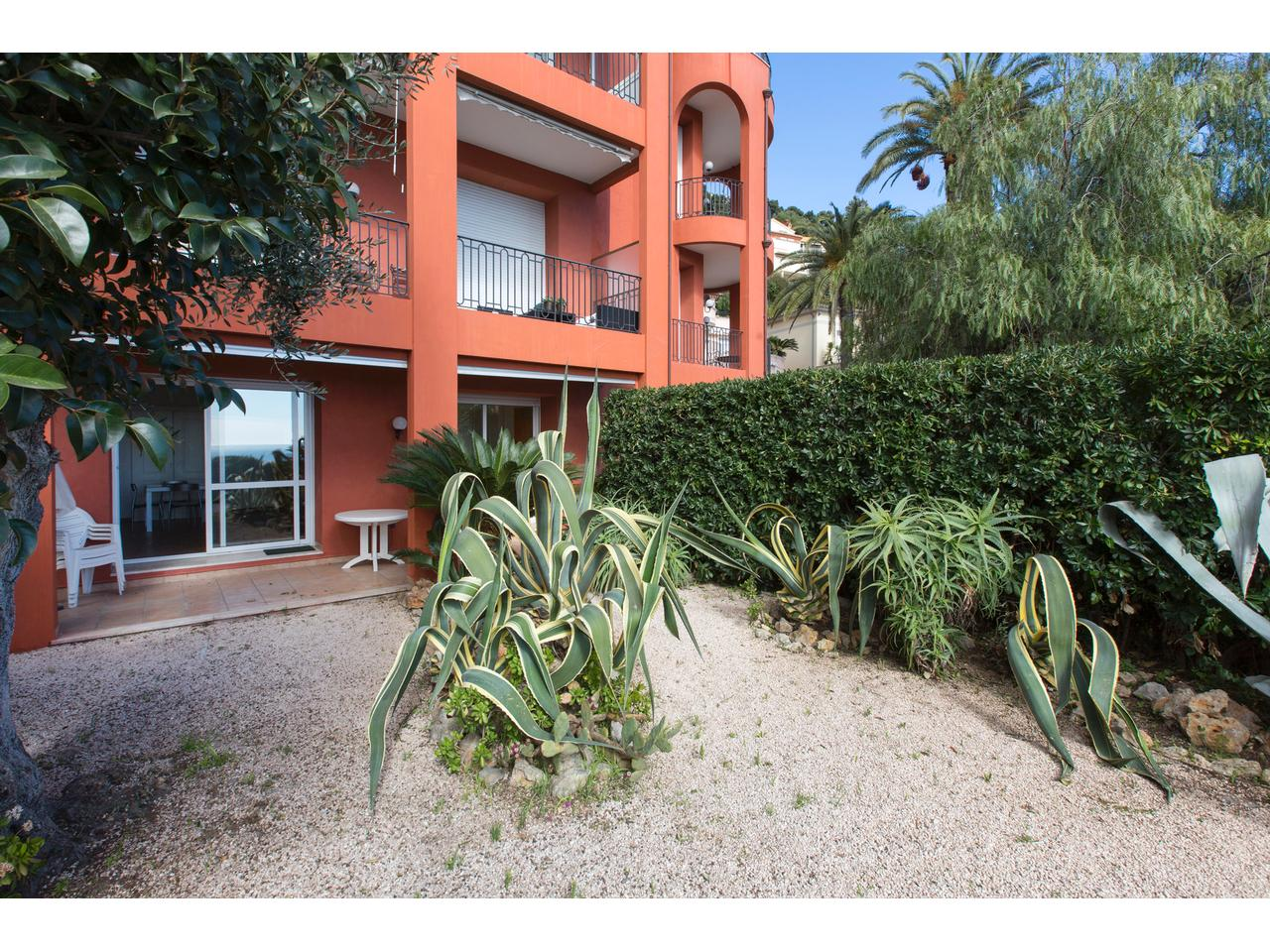 Immobilier nice vue mer appartement villefranche sur mer 3 for Le jardin 3 minutes sur mer