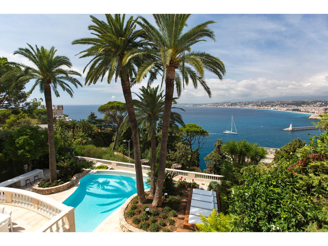 Immobilier nice vue mer maison nice hotel particulier a for Appartement particulier nice