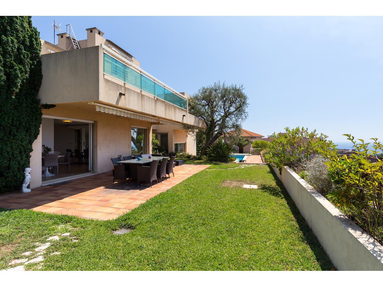 Maison Californienne Nice : Immobilier nice vue mer maison vaste villa