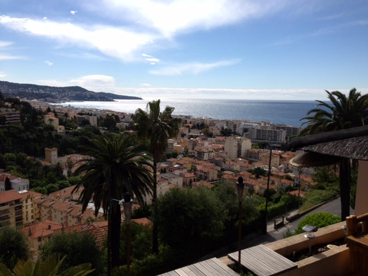 Immobilier nice vue mer appartement nice magnifique duplex for Immobilier atypique nice