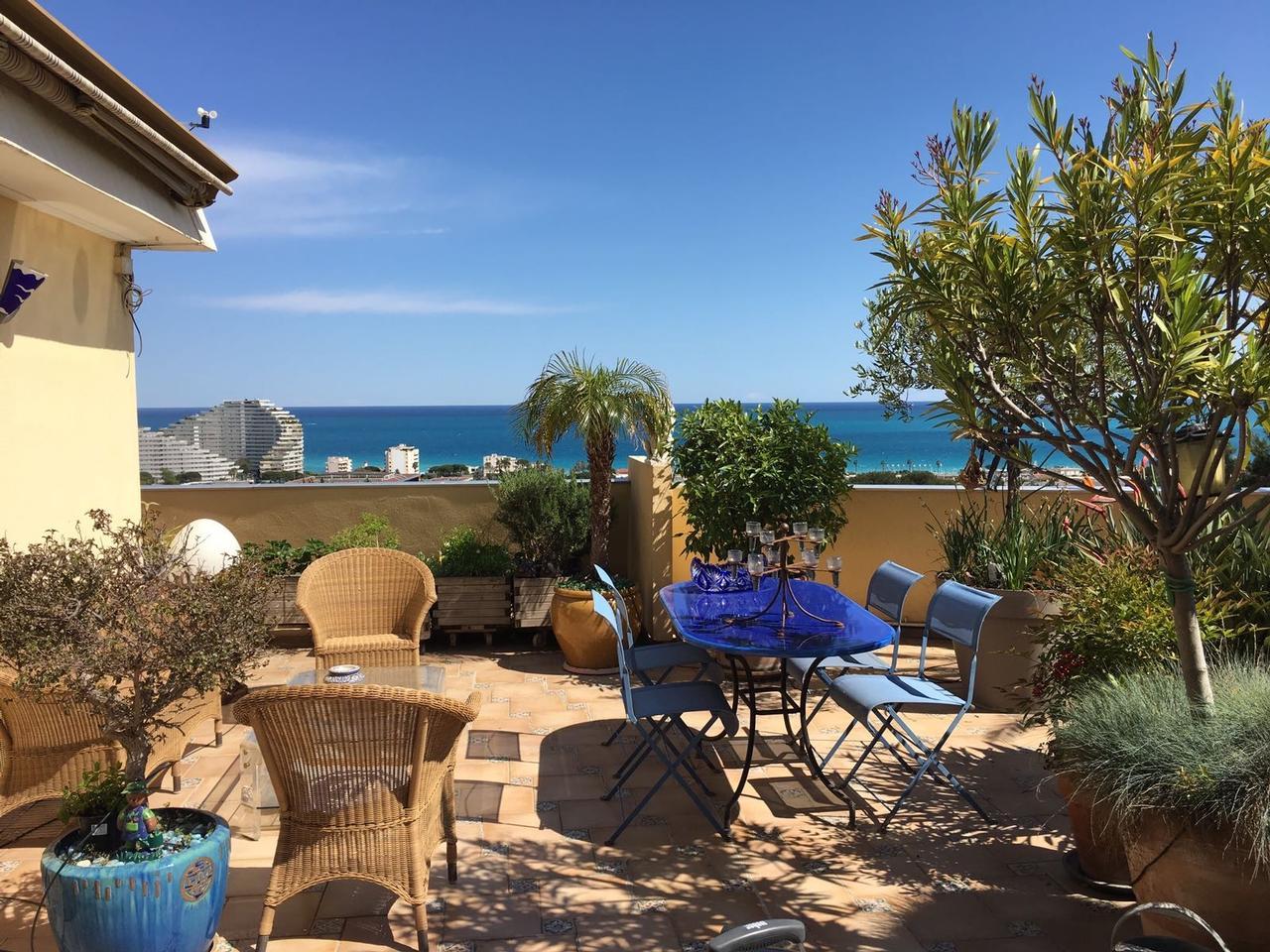 Vente appartement villeneuve loubet immobilier nice vue mer for Appartement avec jardin nice