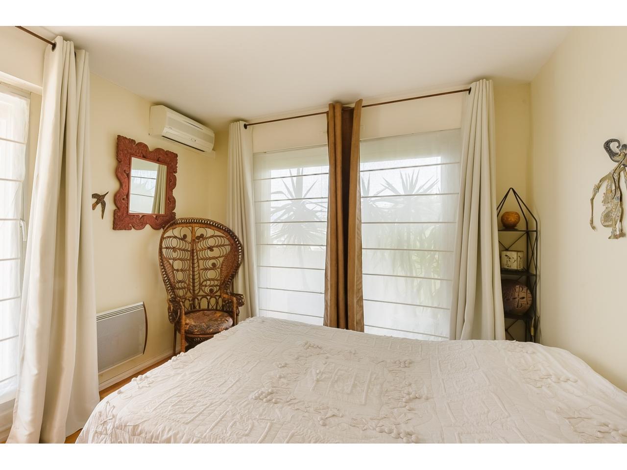 immobilier nice vue mer appartement nice dernier etage villa sur le toit vue mer a vendre nice ouest. Black Bedroom Furniture Sets. Home Design Ideas