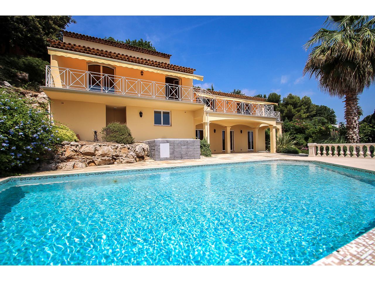 achat vente appartements et villas nice avec vue mer. Black Bedroom Furniture Sets. Home Design Ideas