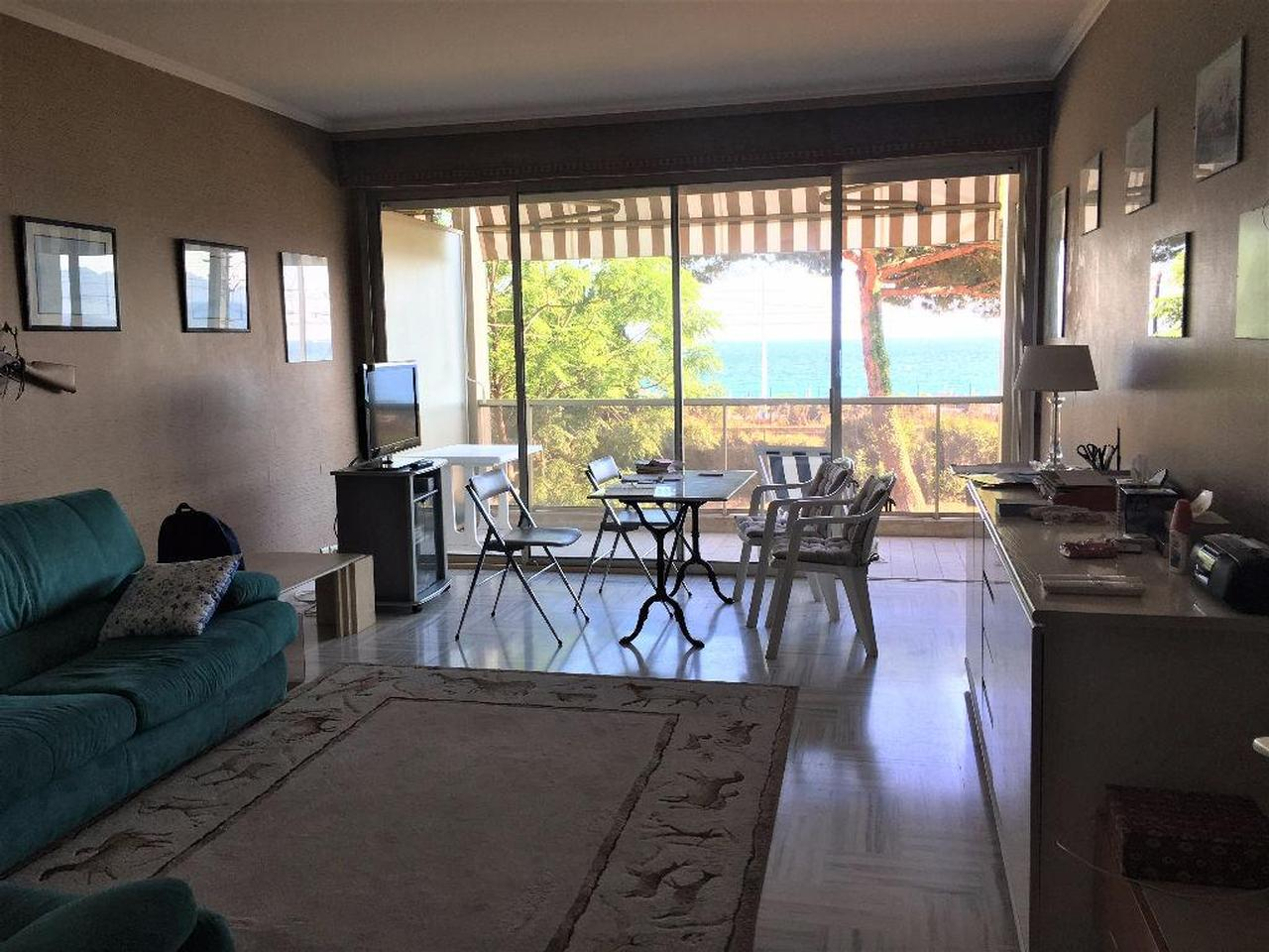 Immobilier nice vue mer appartement cannes cannes face a for Interieur sud cannes