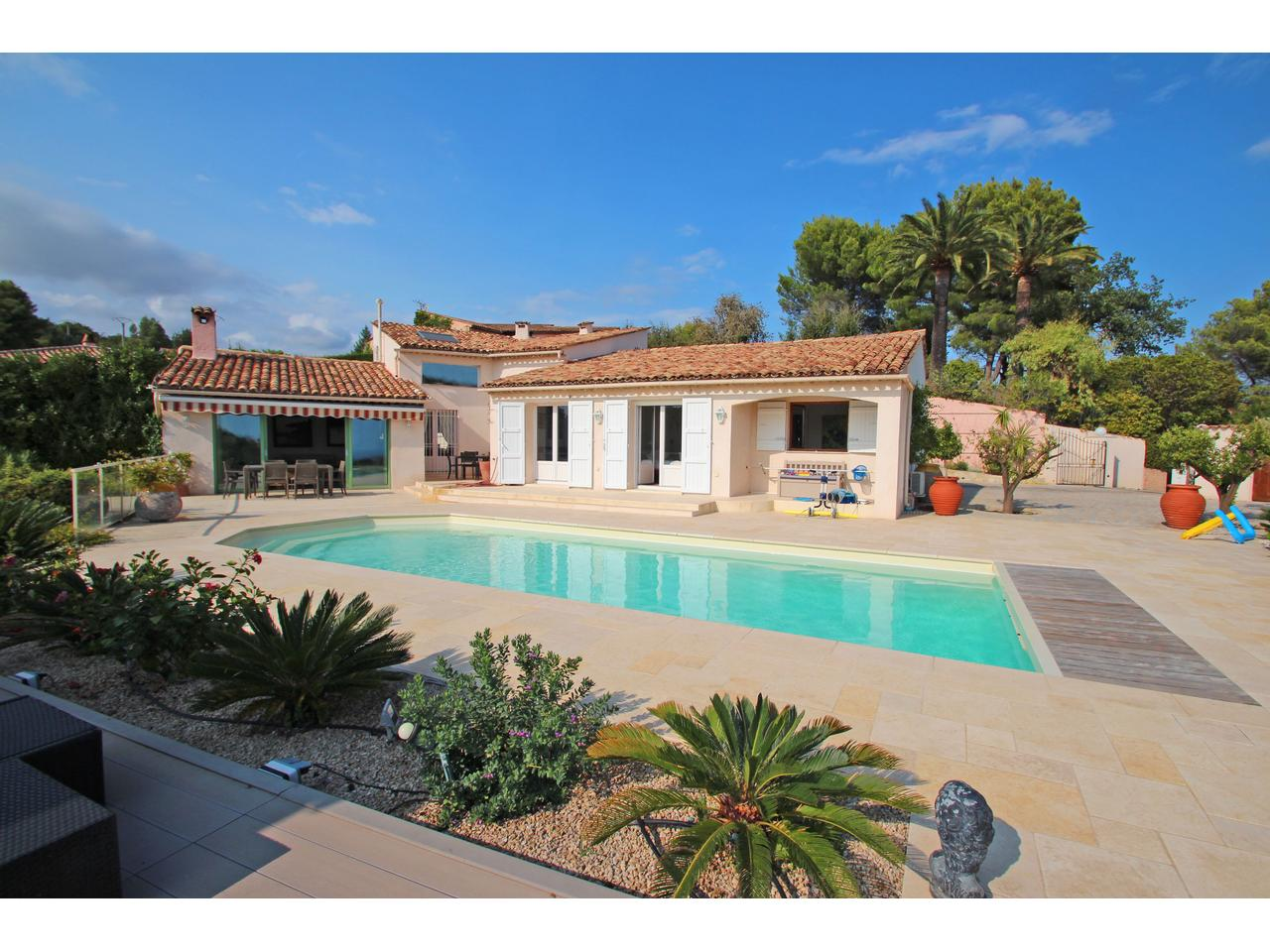 Maison a vendre sud france avec piscine avie home for Villa piscine sud france