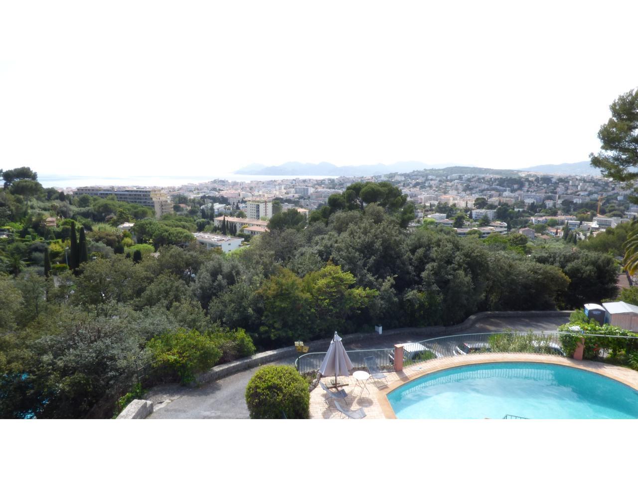 Immobilier nice vue mer maison le cannet cannes belle - Euro plomberie piscine le cannet ...