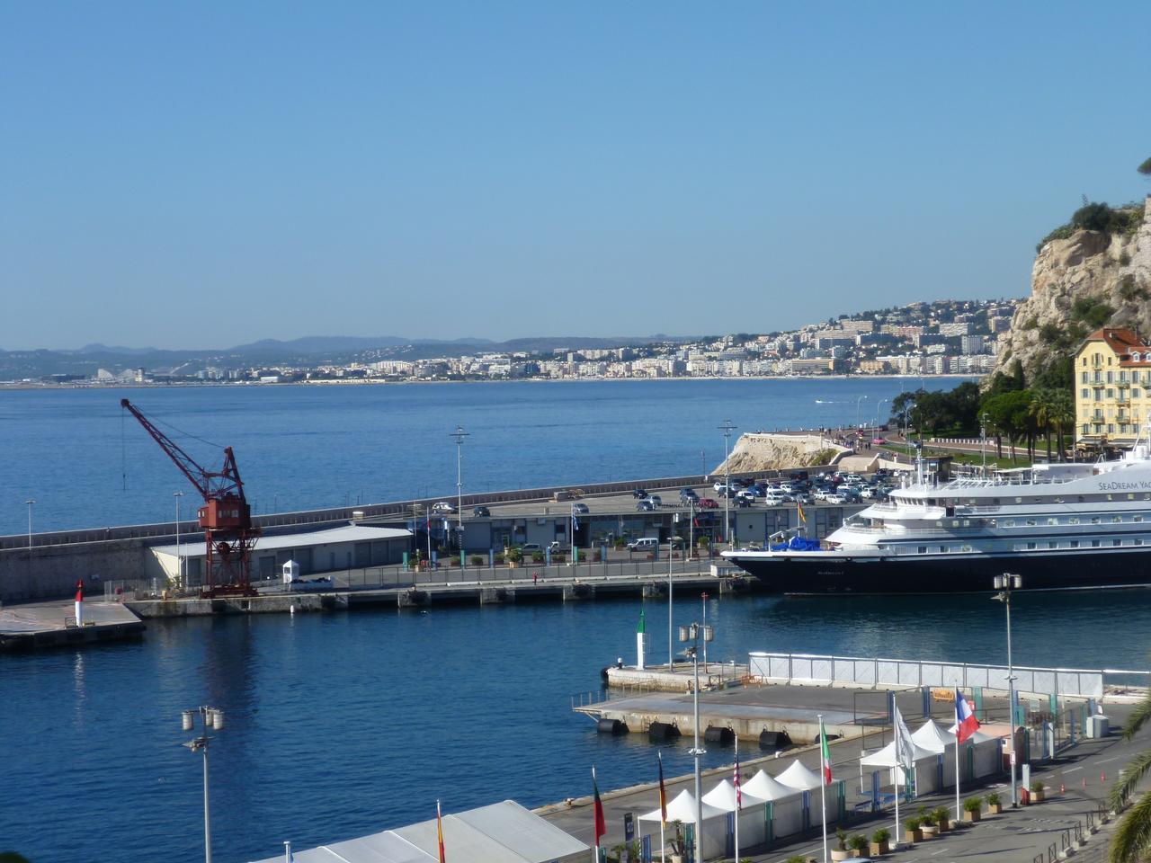 Immobilier nice vue mer appartement nice 3 pieces en - Appartement a vendre port vendres vue mer ...