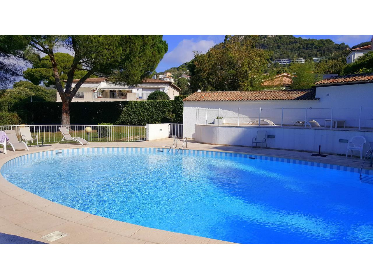 Immobilier nice vue mer appartement nice studio a vendre for Piscine nice