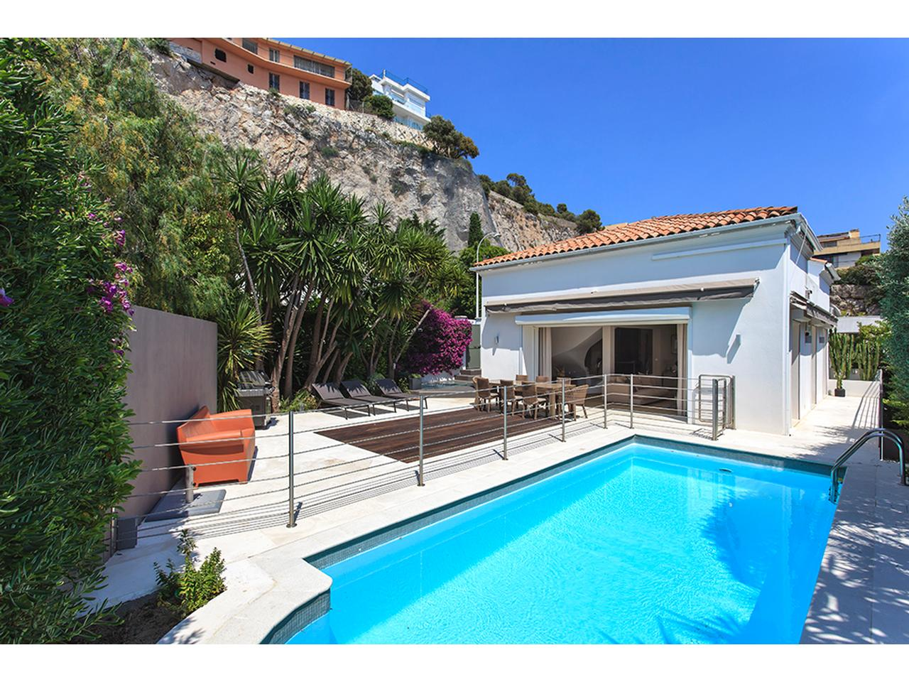 immobilier nice vue mer maison nice villa cap de nice 5 pieces vue mer a vendre mont boron. Black Bedroom Furniture Sets. Home Design Ideas