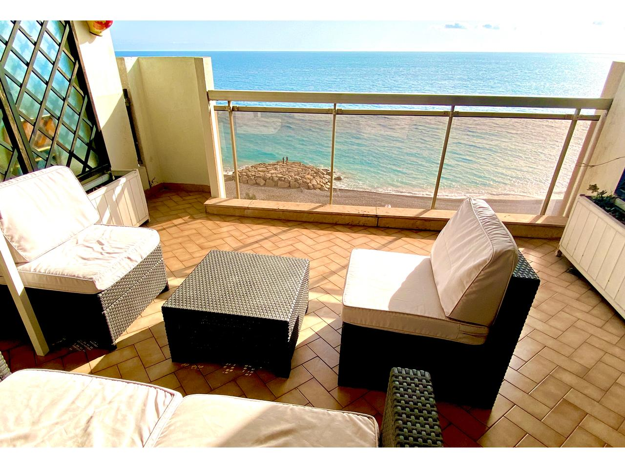 sea view promenade des anglais french riviera 3 rooms apartment
