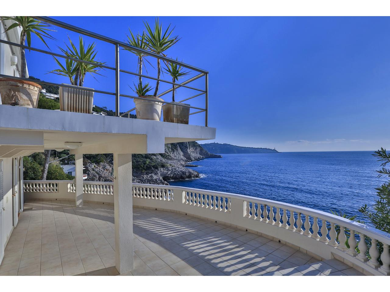 Vente House Nice Listing Houses And Properties For Sale With Nice Sea View