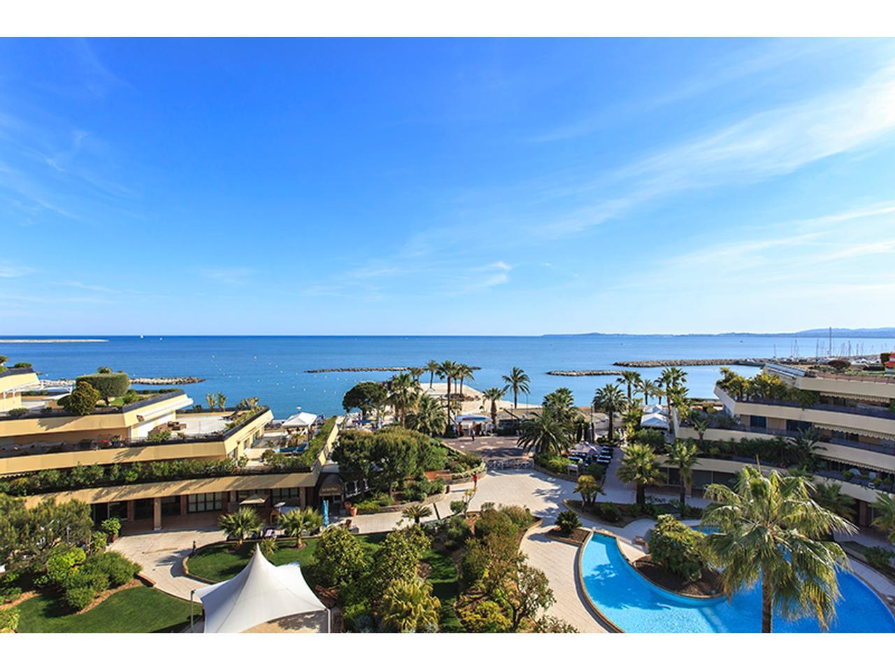 Immobilier nice vue mer appartement st laurent du var - Restaurant indien port saint laurent du var ...