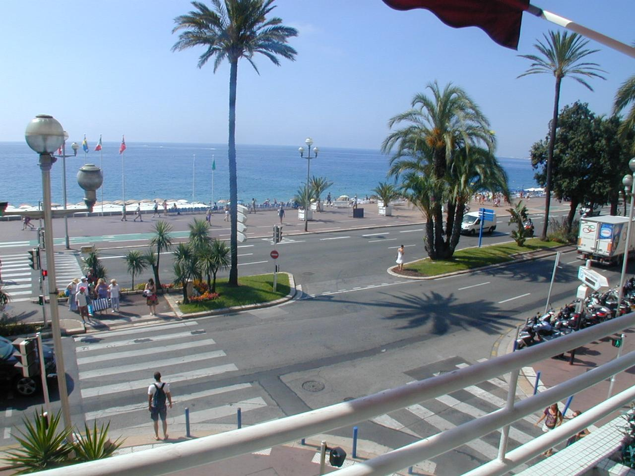 Immobilier nice vue mer appartement nice 3 pieces grand for Agence immobiliere 5 promenade nice