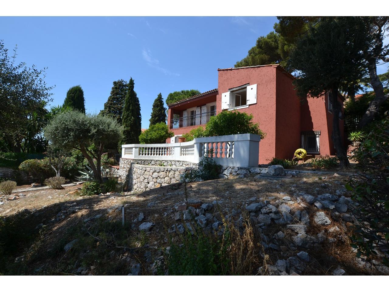 Immobilier nice vue mer maison villefranche sur mer villa maison vue mer a vendre terrain plat - Piscine pente terrain nice ...