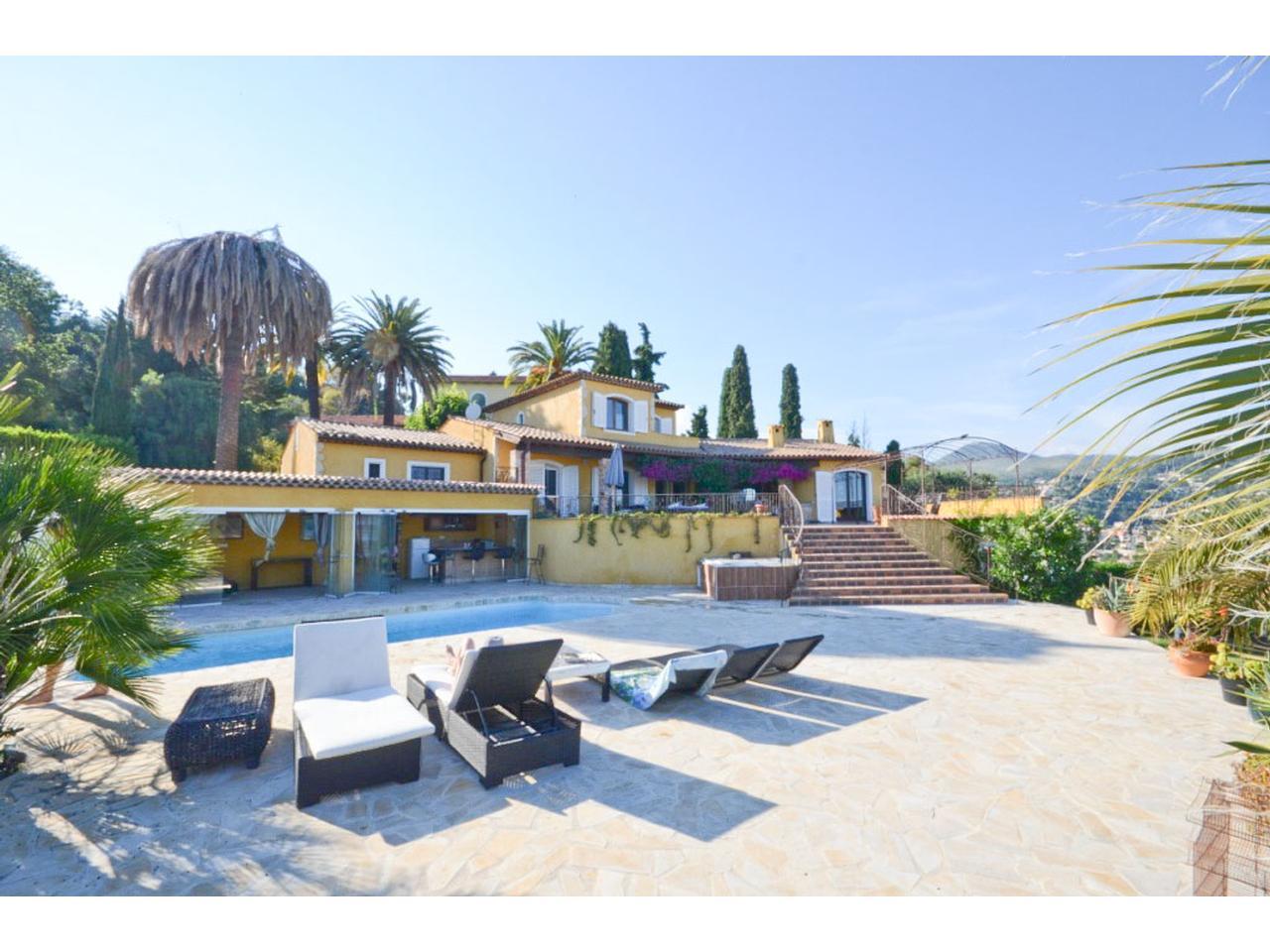 immobilier nice vue mer maison nice villa neo provencale a vendre vue mer nice. Black Bedroom Furniture Sets. Home Design Ideas